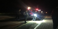 Zırhlı araca atılan maytap polisi alarma geçirdi