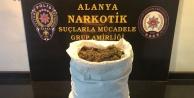 Alanya#039;daki uyuşturucu satışı polise takıldı