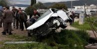 Aşırı hız kaza getirdi: 2 yaralı
