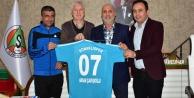 Konaklıspor#039;dan Başkan Çavuşoğlu#039;na ziyaret
