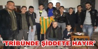 Tribün mağduru Samed#039;e moral ziyareti