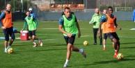 Alanyaspor Fenerbahçe#039;ye hazırlanıyor