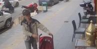Çaldığı bebek arabasını hurdacıya 10 TLye sattı