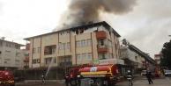 Komşuda korkutan çatı yangını