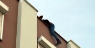 Polis, intihara kalkışan genci quot;Kübra#039;ya gerek yok, biz seni seviyoruzquot; diye teselli etti