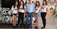 Çavuşoğlu#039;na öğrencilerden tebrik ziyareti