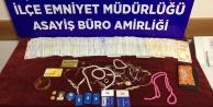 Suriyeli hırsız çaldığı paralarla yakalandı
