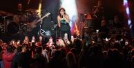 Feslikan Yaylası#039;nda Sümer Ezgü ve Funda Arar konseri