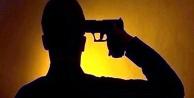Komşuda polis intihar etti