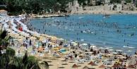 Temmuzda yabancı turist Antalyaya aktı