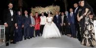 Alanya ve Antalya siyasetini buluşturan düğün