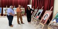 Sanatçı Çavuşoğlu, ebru ve taş süsleme sergisi açtı