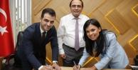 Lira ile ilk kira sözleşmesi Antalya#039;da yapıldı