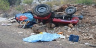 Yayla dönüşü feci kaza:1 ölü, 2 yaralı