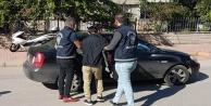 27 bin TLlik giyim eşyası çalan 4 Moğol hırsız yakalandı