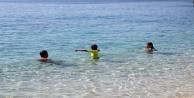 Antalyada Kasım ayında deniz keyfi