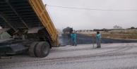 Doğuda ve batıda aynı anda 5 Km asfalt çalışması başlatıldı