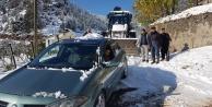 Karda mahsur kalanları Alanya Belediyesi kurtardı