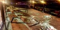 Alanya#039;daki fırtına geride enkaz bıraktı