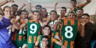 Alanyaspor#039;un altyapısında galibiyet sevinci