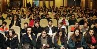 Büyükşehir kampüste üniversitelilerle buluştu