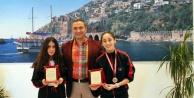 Eskrim Türkiye Şampiyonu müdür Er#039;i ziyaret etti