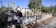 Şiddetli yağış sonrası okul duvarları yıkıldı