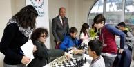 Alanya#039;da genç satranççılar ödüllendirildi