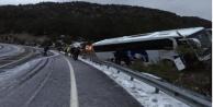 Alanya#039;ya gelen yolcu otobüsü Akseki#039;de yoldan çıktı