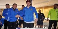 Alanyasporlu futbolcuya kupa maçı öncesi sürpriz parti