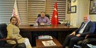 """AK Parti'nin adayı Enç iddialı konuştu: """"Seçimi kazanmak çok kolay"""""""