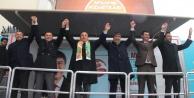 Bakan Çavuşoğlu Alanya'da partisinin seçim ofisini açtı