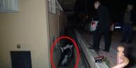 Motosikletiyle 2 metrelik duvardan düştü: 2 kişi yaralandı