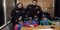 Rüzgar Gülü#039;nün miniklerinden polislere ziyaret
