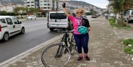 Alanya#039;da 50 yaşından sonra bisiklete bindi, yarışlarda birinci oldu!