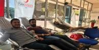 Alanyalı ülkücüler farkındalık için kan verdi