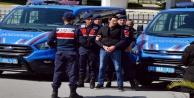 Kendilerini polis ve asker olarak tanıtan 4 dolandırıcı yakalandı!