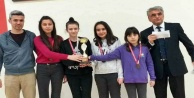 Ömer Halisdemir Ortaokulu#039;na çifte kupa