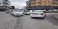 3 araçlı zincirleme trafik kazası: 1 yaralı