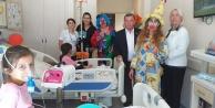 CHP hastanedeki çocukları unutmadı