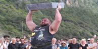 Dünya#039;nın en güçlü adamları Kleopatra Plajı#039;nda yarıştı