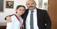 Elfin Alanya#039;da Türkiye şampiyonu oldu