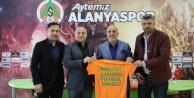 Manavgat#039;a Alanyaspor Futbol Okulu açılıyor
