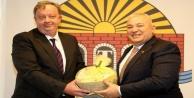 Rus Başkonsolos Rogoza#039;dan Başkan Şahin#039;e ziyaret
