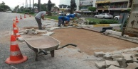 Antalya Büyükşehir#039;den Alanya#039;da araçlar ve yayaları rahatlatacak çalışma
