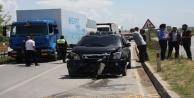 Manavgat'ta kamyonetler kafa kafaya çarpıştı:1 yaralı
