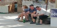 Şarap içen turist fotoğrafını paylaşıp #039;her şey dahil#039;de gelinen son noktayı özetlediler