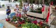 Toklu#039;dan şehit mezarlığına bayram ziyareti