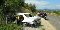 Virajı alamayan otomobil yoldan çıktı: 4 yaralı var