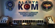 Alanya#039;da kaçak telefon baskını!